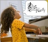 au piano-fille passionnée-jpeg